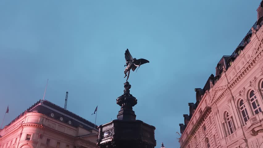 Piccadilly Circus London Eros statue