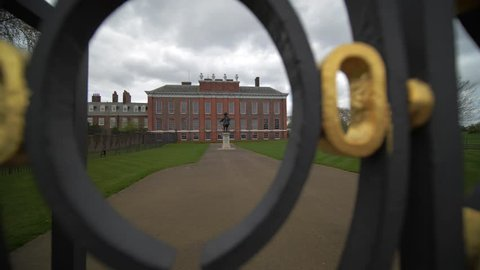Kensington Palace Gates  - Camera Move  Kensington Palace through the gates. Includes a camera move.