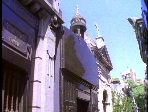 ARGENTINA, 1998, Eva Peron tomb, medium wide shot, tilt down, Buenos Aires