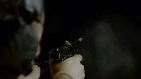 Pistol shooting two bullets