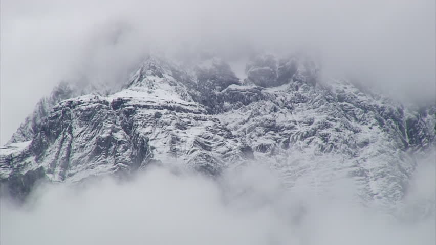 Zoom-Out: Snowy Mountain Peak to Mountain Range, Ch