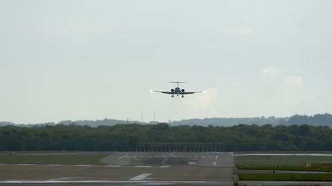 DUSSELDORF, GERMANY - JULY 22, 2017: Fokker 70 approaching and landing at the Dusseldorf International airport