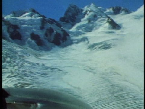 MOUNT COOK, NEW ZEALAND, 1985, Southern Alps, Cessna, POV landing on glacier