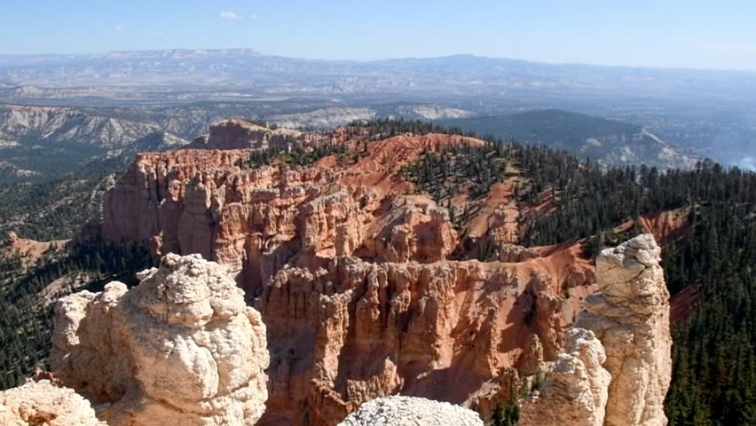 Rainbow Point at Bryce Canyon National Park, Utah. Handheld, panning right to left.