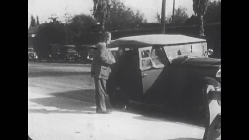Princeton, United State of America. About 1935. Albert Einstein salt on the car.