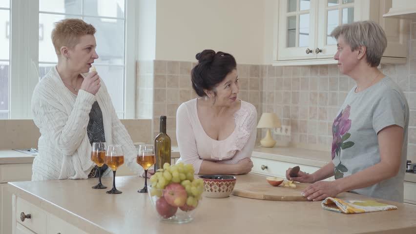 Homemade videos mature women