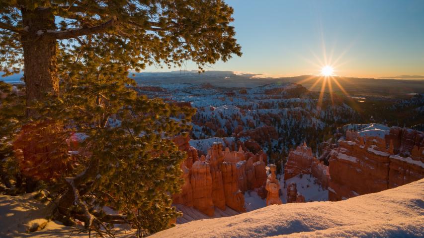 4K Timelapse of Sunrise over Bryce Canyon National Park in Winter, Utah, USA | Shutterstock HD Video #1032677780