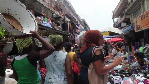 Idumota Nigeria, December 2014: Women selling, Lagos Market