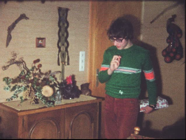 Christmas evening in the 1970s (vintage 8 mm amateur film)
