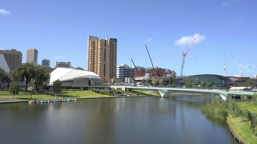 Moving shot of River Torrens in downtown Adelaide, Australia in the daytime