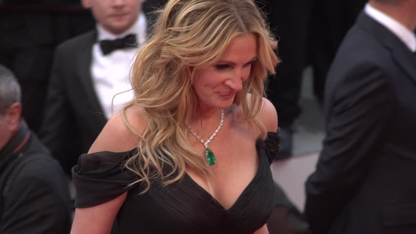 Cannes - May 12: Julia Roberts (In Armani) greeting Festival President George Miller at top of steps, close-up at the Cannes Film Festival 2016 | Shutterstock HD Video #16650613