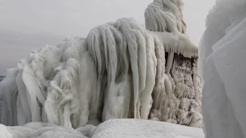 Ice storm Lake Geneva 2012