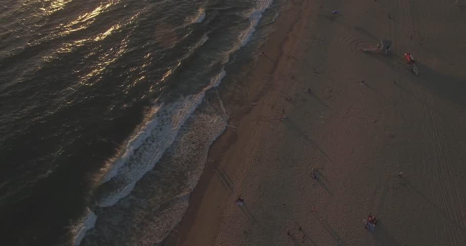 Revealing the Hermosa Beach Pier and Hermosa Beach