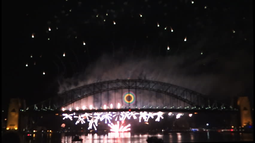New Years Eve fireworks on Sydney Harbour Bridge at 60fps-3