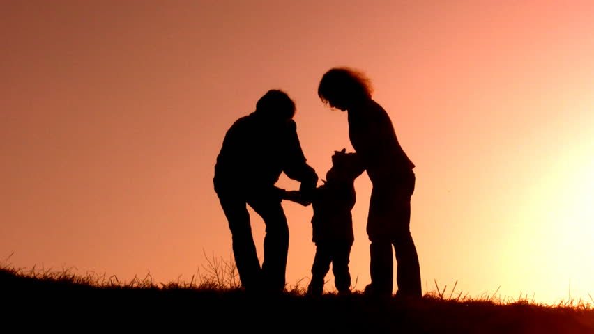 family sunset play