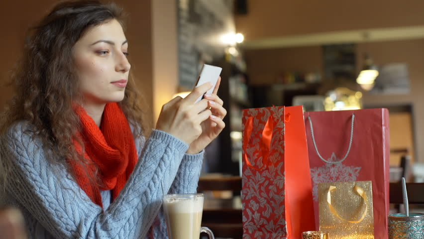 Online dating texting girl