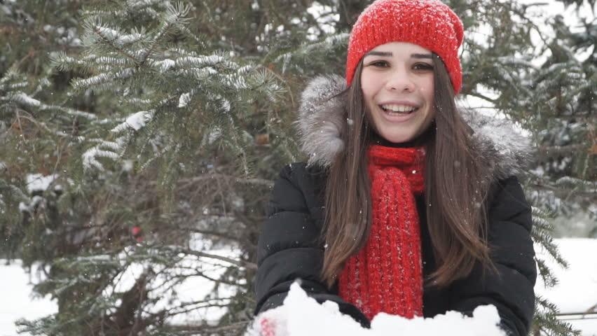 Girl having fun in the winter park | Shutterstock HD Video #22647220