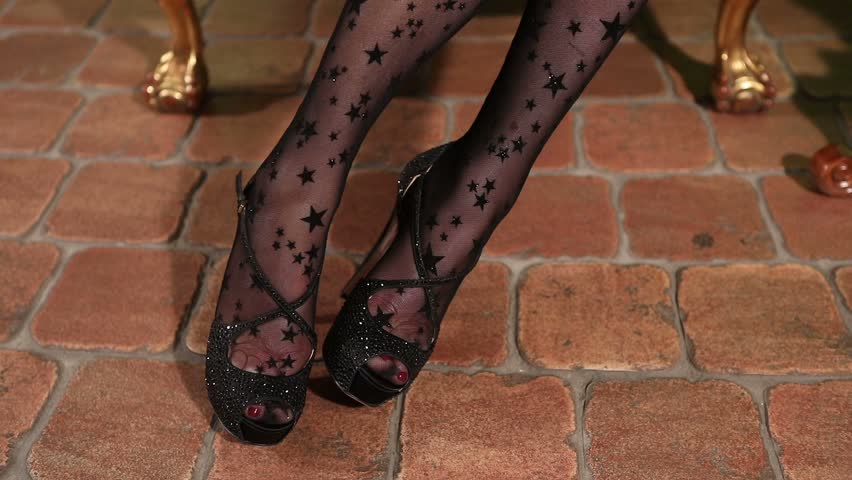 Stockings pantyhose foot clips
