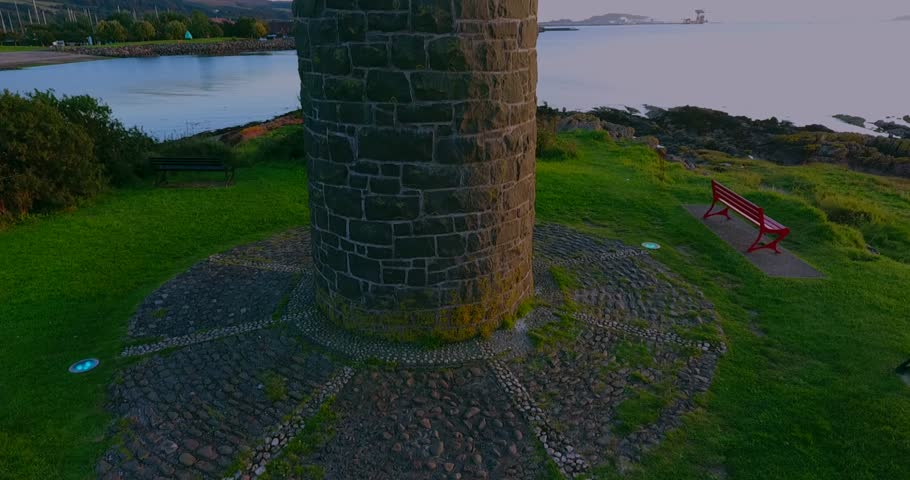 Near to Largs Marina, the Pencil was built in 1912, to commemorate the Battle of Largs  in 1263, when the Scots defeated King Haco of Norway's troops on the shore.