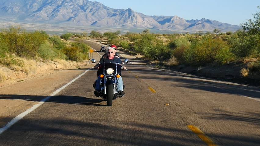 Tre Bikers On A Redrock Desert Highway Stock Footage Video 3576806 Shutterstock-3905