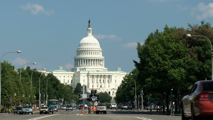 Road leading up to the US Capitol Building, Washington D.C., time lapse