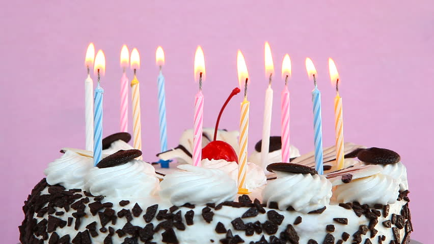 Happy Birthday Cake With Candles Stockvideos Filmmaterial 100 Lizenzfrei 29920360