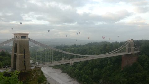 Bristol Balloon Fiesta 2017, hot air balloons over Clifton Suspension Bridge