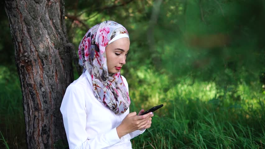 tolovana park single muslim girls Florida girl, 15, kills herself after naked video taken without her permission in the shower was posted on snapchat tovonna holton took.