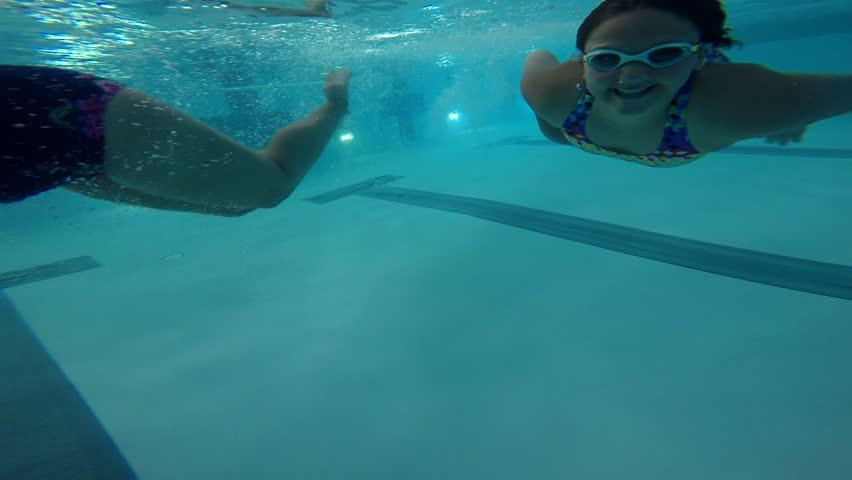 videos-swimming-teen