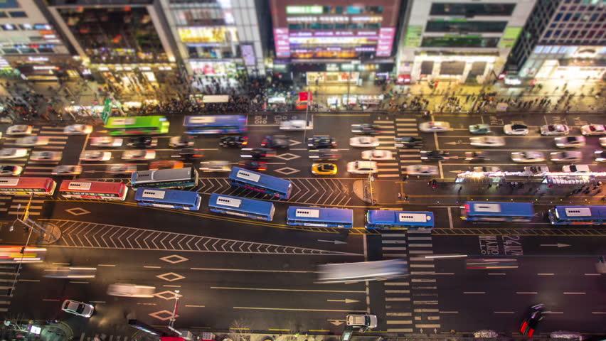 Seoul City 126) Time lapse of traffic in Seoul, Korea.