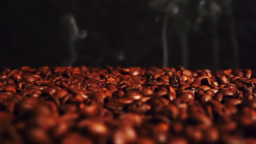 coffe falling in the dark