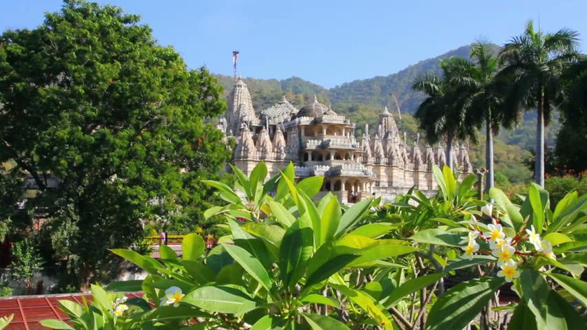 hindu temple ranakpur in rajasthan india