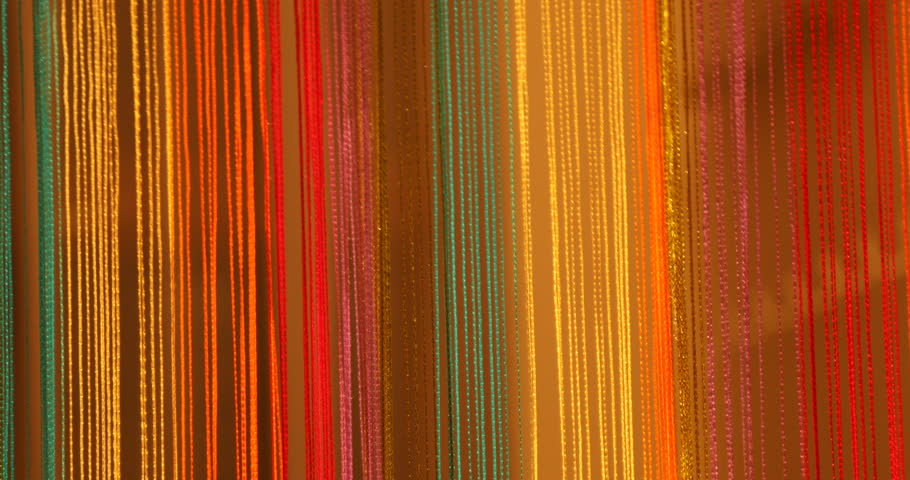 Colorful worn yarn