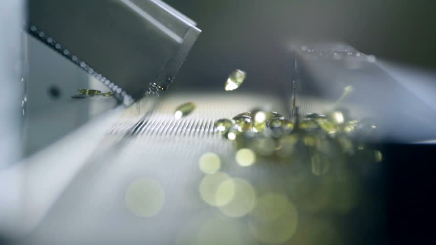Production of gelatin capsules