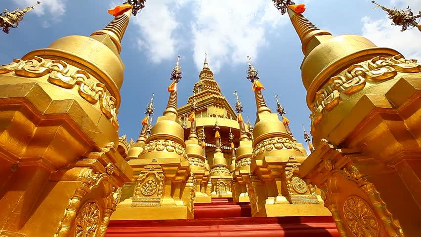 HD: Dolly, Pagoda in Wat-Sawangboon at Saraburi, Thailand, 1920x1080