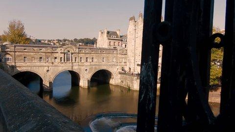 Pulteney Bridge over the River Avon, Bath, Somerset, UK