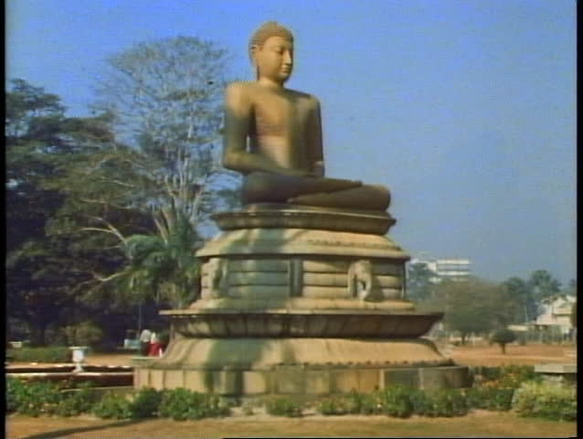 The Buddha of Sri Lanka in the center of Colombo