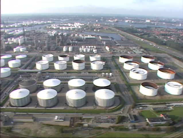 Aerial Shot Gas and Oil Stock Footage Video (100% Royalty-free) 4055680 |  Shutterstock