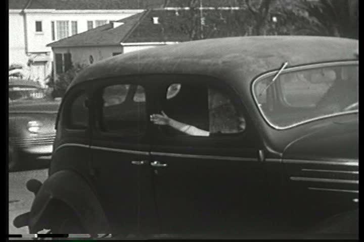 1940s A Police Officer Tells Several Child Abduction Stories To