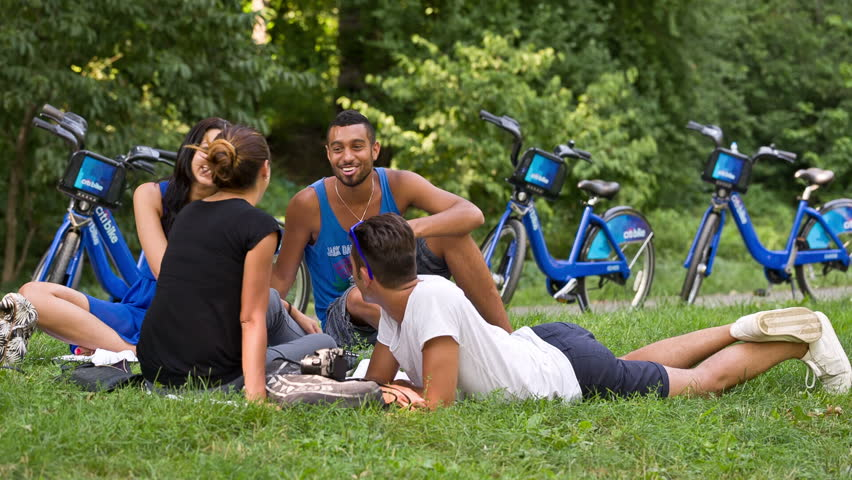 New York August 20 Friends Use Citi Bikes And Have A Picnic In
