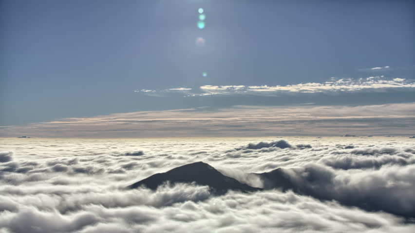 Clouds starting to roll in on the haleakala crater in maui hawaii 4k clouds drifting through mountain range time lapse haleakala hawaii 4k stock publicscrutiny Image collections