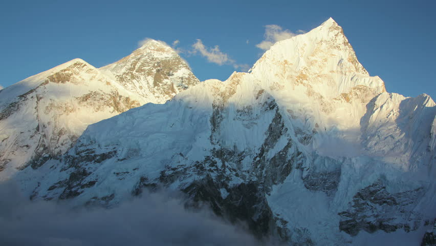 timelapse near Everest and Nuptse