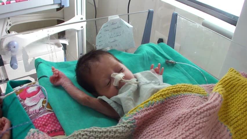 Bihar : 'चमकी' बुखार से मरने वाले बच्चों की संख्या बढ़कर हुई 111, आखिर कौन है इन मौतों का ज़िम्मेदार ?