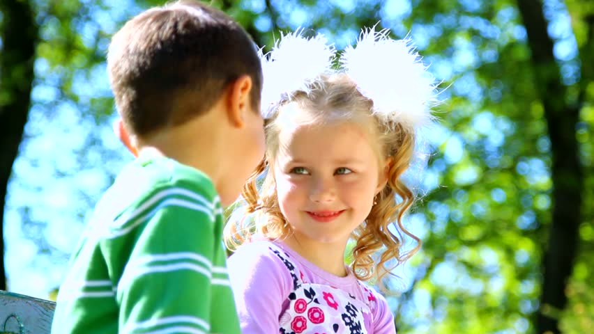 Little child Love Wallpaper : Little Boy Is Kissing Pretty Girl. closeup Portrait. cute couple In Love. Happy Smiling children ...