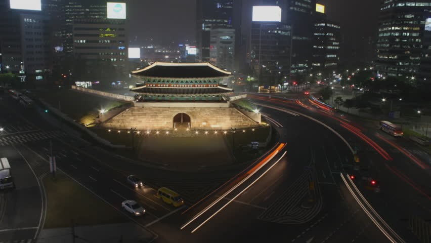 Sungnyemun, SEOUL, SOUTH KOREA timelapse at night