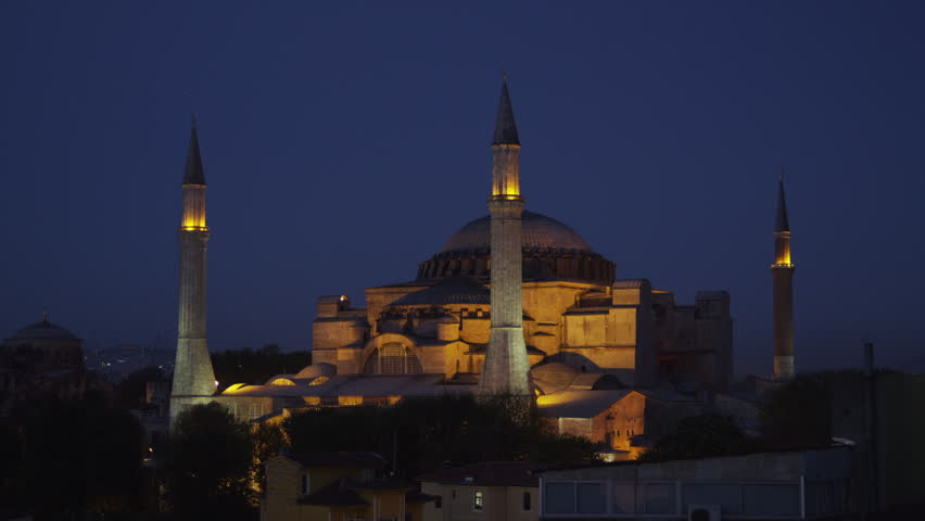 notre dame hagia sophia Hagia sophia, istanbul's byzantine jewel hagia sophia notre dame de paris took about 80 years  hagia sophia is one of the participants in the museum pass.