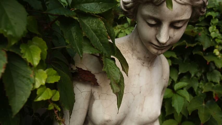 Antique Statue of a Woman | Shutterstock HD Video #6583340