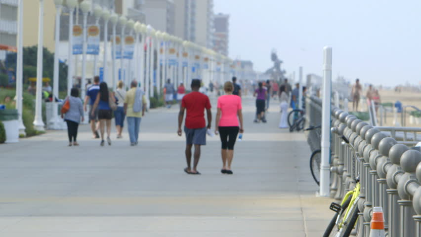 Tourists Walk Along the Famous Stock Footage Video (100% Royalty-free)  6589220 | Shutterstock