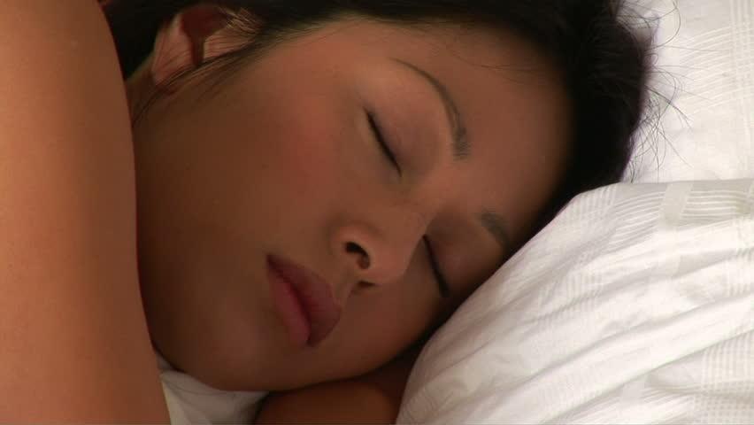 teen-sleeping-video-wong-japanese