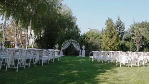 Wedding Set Up In Garden Arkivvideomateriale 100 Royalty Fritt